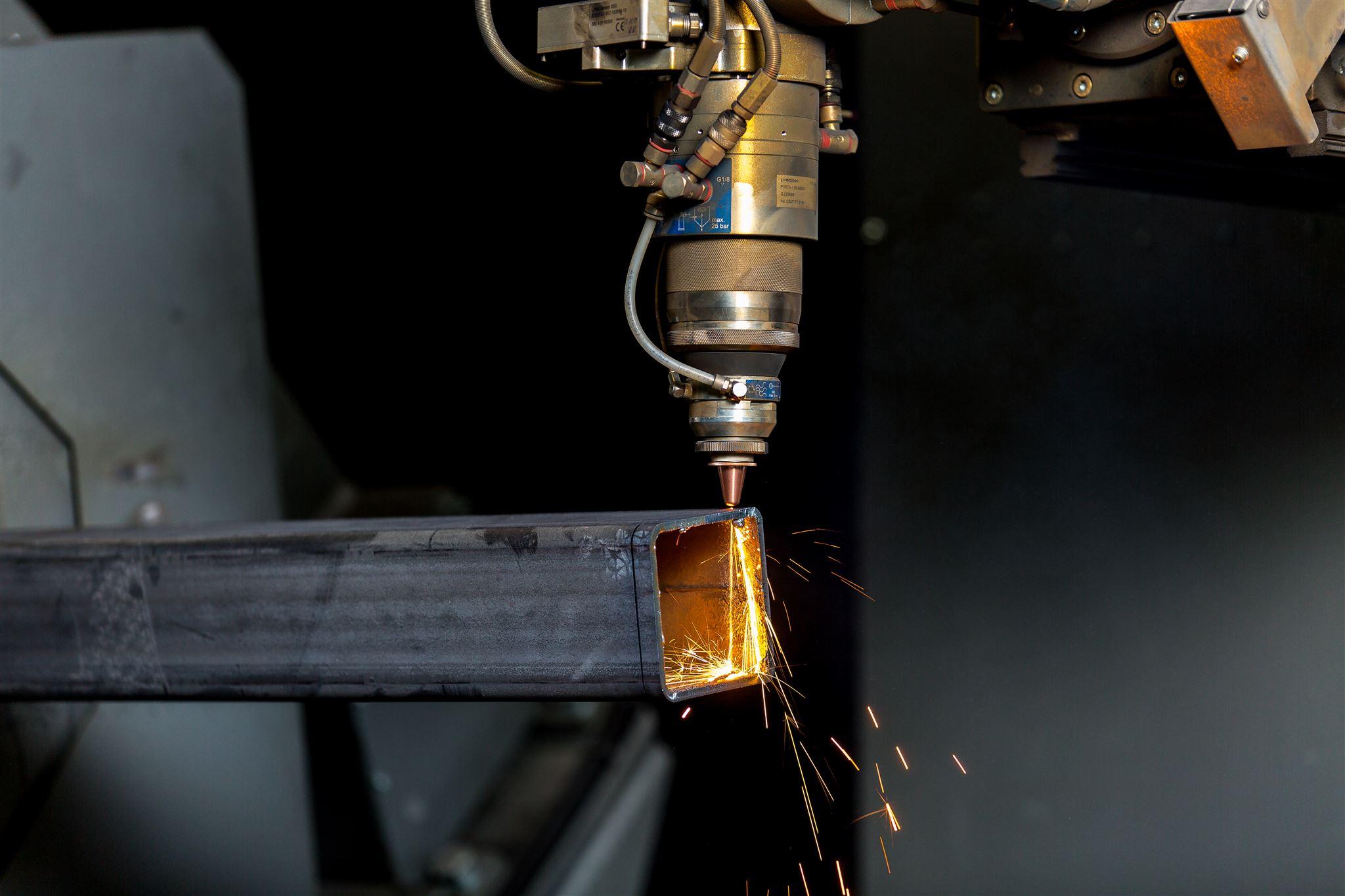 XXL 3D-Laserschneiden