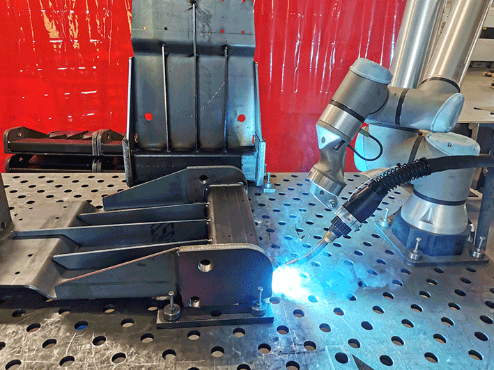 Read more about the article Neue Cobot Roboterschweißanlage
